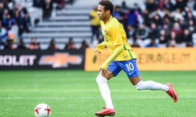 Casemiro Neymar vient d'autre monde. Je suis content de jouer avec lui