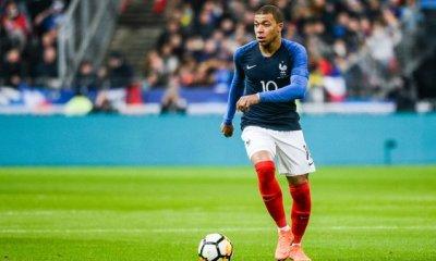 FranceAustralie - Les équipes officielles Mbappé titulaire dans le 4-3-1-2 des Bleus