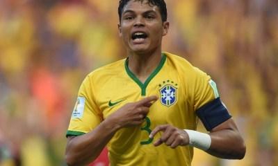 Serbie/Brésil - Thiago Silva marque et Neymar tentent beaucoup lors du succès 2-0, les Brésiliens sont premiers