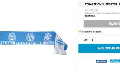 Une écharpe de l'OM avec le slogan du PSG