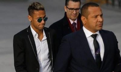 Neymar reverse 85% de ses revenus publicitaires à ses parents, selon Folha de Sao Paulo