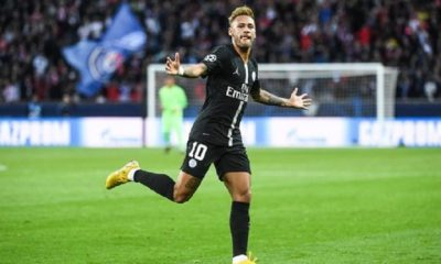 """Neymar dément les rumeurs d'un départ du PSG avec une vidéo dénonçant les """"fake news"""""""