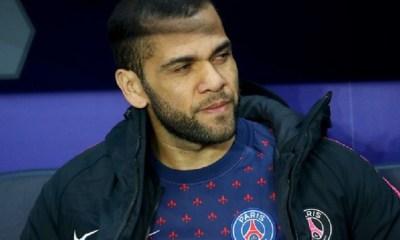"""Dani Alves répète qu'il verra après la Copa America """"les décisions à prendre"""""""
