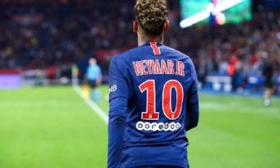 Neymar est toujours à Barcelone avec l'autorisation du PSG pour régler son litige, indique Goal