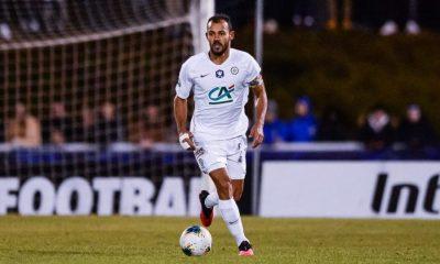 """PSG/Montpellier - Hilton fait l'éloge des Parisiens, mais espère """"au moins un match nul"""""""