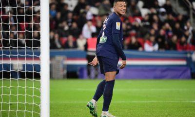 """Laurent Perrin se réjouit de voir comment Mbappé """"va révolutionner son monde"""""""