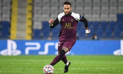 Rivaldo ne voit pas Neymar qui «est heureux à Paris» revenir au FC Barcelone