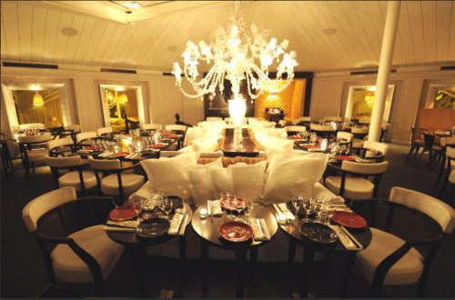 Bon un superbe restaurant avec une bonne cuisine tendance