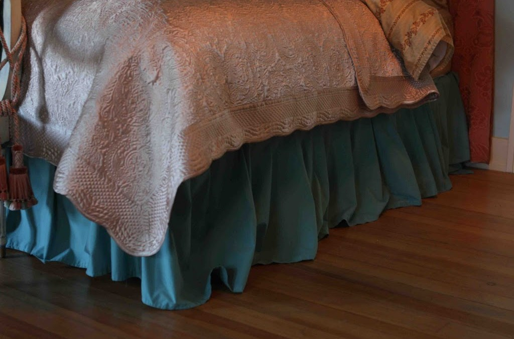 Design on a Centime: Budget Bedskirt and Dust Ruffle