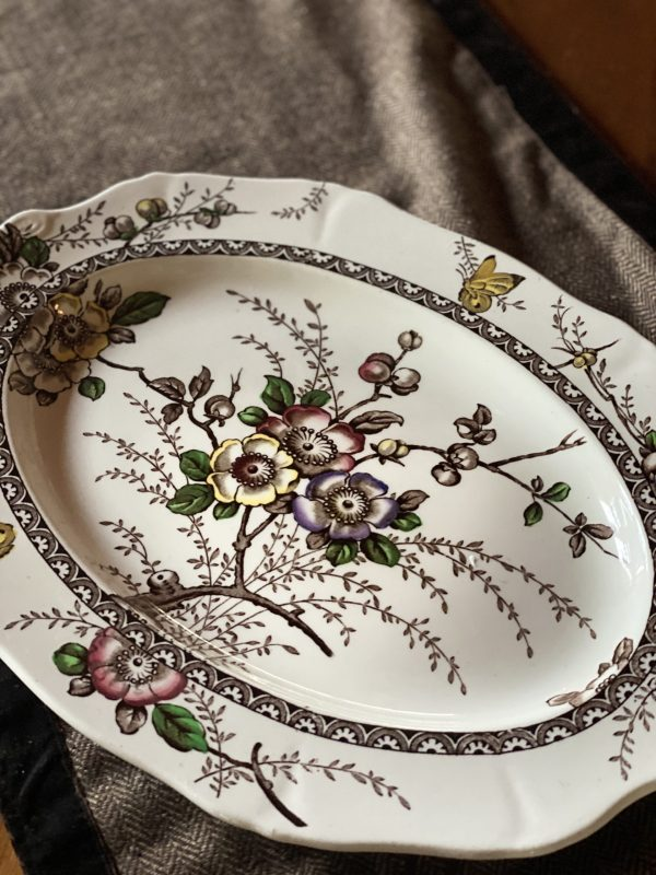 Medway by Alfred Meakin Platter