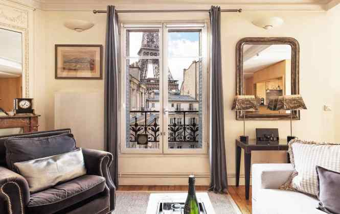 Warm And Cozy Apartments In Paris For Fall Winter Stays By Perfect Romanee Apartment