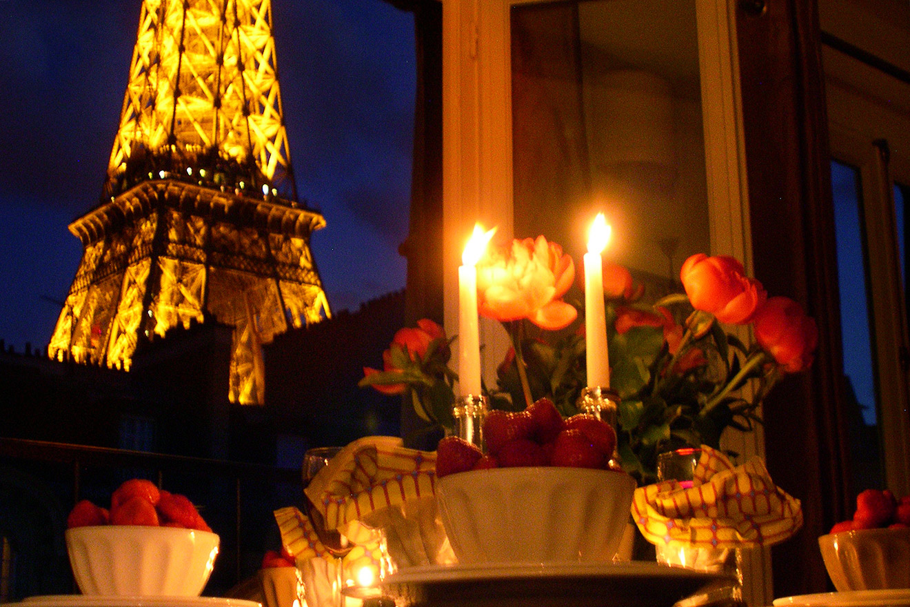 One Bedroom Apartment To Rent Near The Eiffel Tower Paris