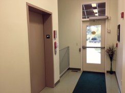 1 Entrance-Elevator