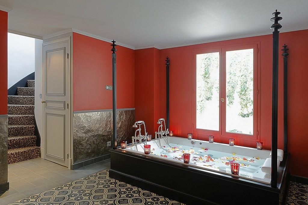 Chambre D Hotel Avec Spa Jacuzzi Privatif A Paris