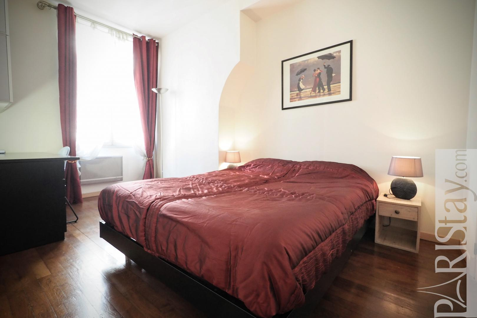 Two bedroom apartment for rent in paris Palais Royal 75001