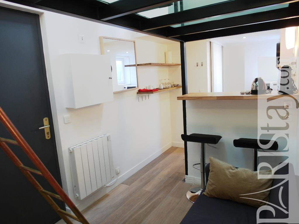 Paris location meuble t1etudiantstudio Malesherbes Studio Mezzanine