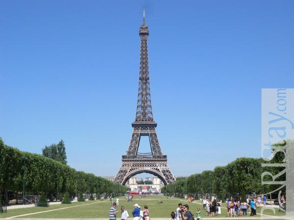 Paris Furnished Flat Rental Tour Eiffel 75007