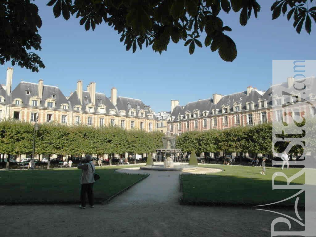 Apartments for rent paris 3 bedrooms marais Le Marais 75004 Paris