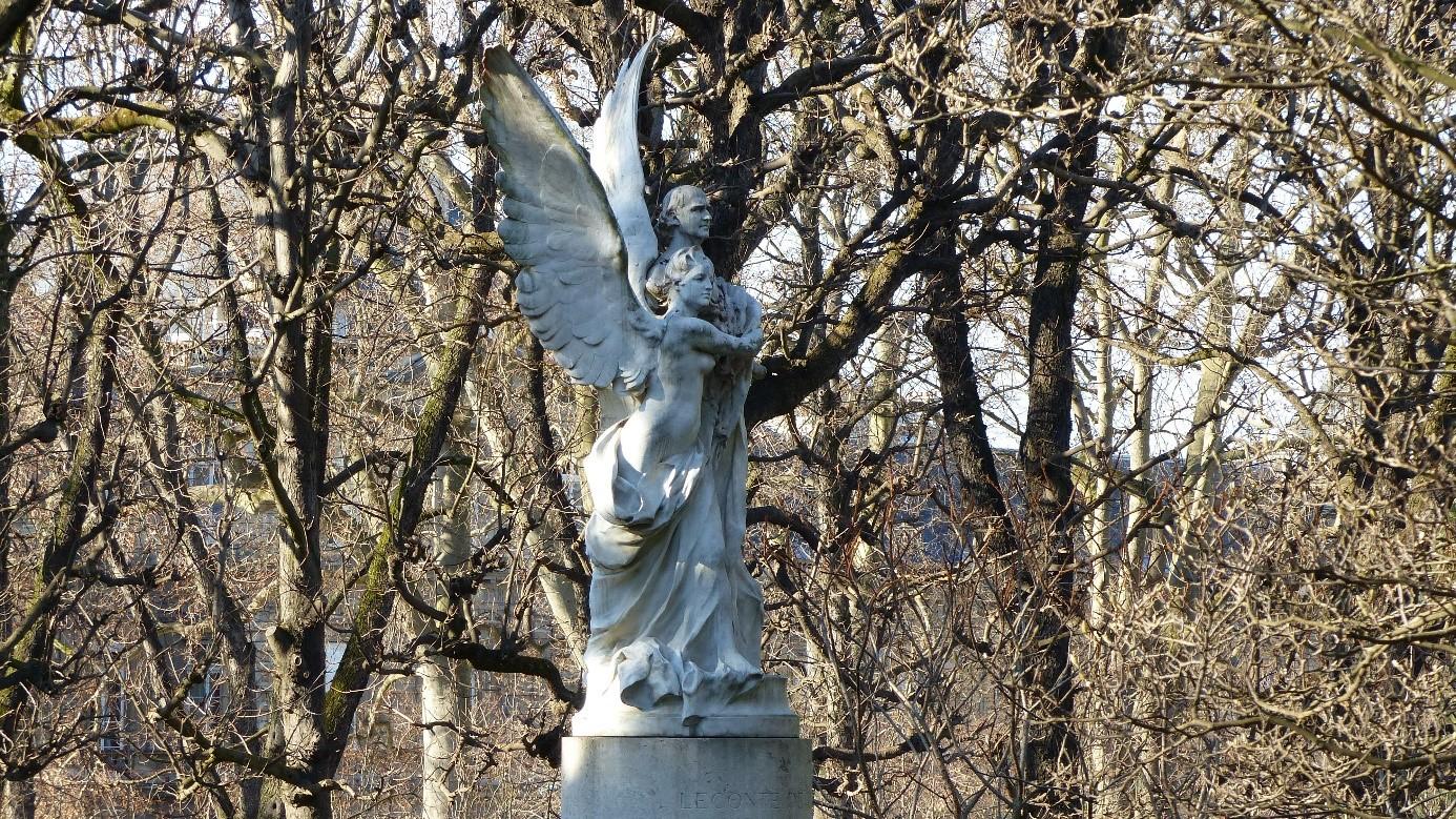 Les statues du Luxembourg  La statue de Charles Leconte de Lisle