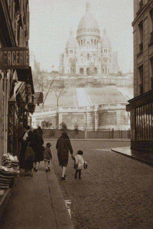 Montmartre en 1920 - Germaine Krull