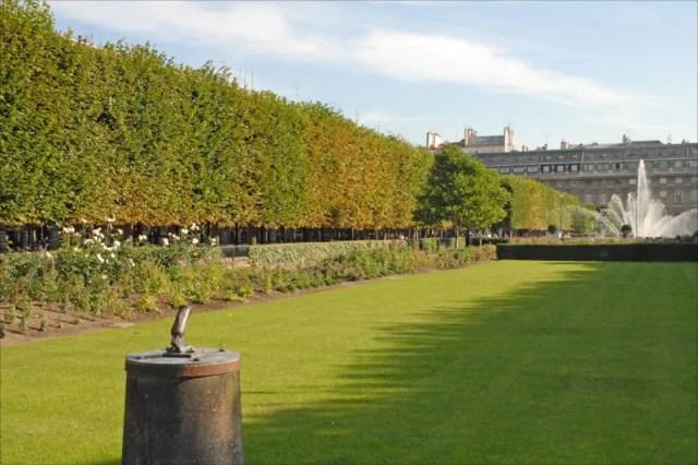 canon-palais-royal-paris