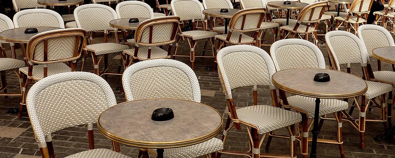 histoire des chaises de bistrot paris