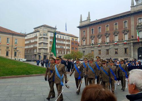 Le classi dell'IPC Caravaggio partecipano Celebrazioni per la Giornata dell'Unità nazionale e delle Forze armate
