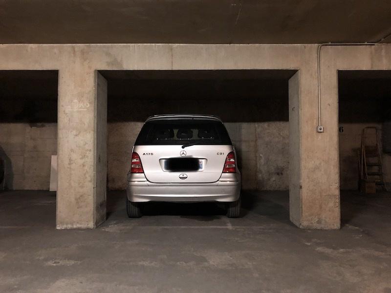 Parking 43 rue des favorites
