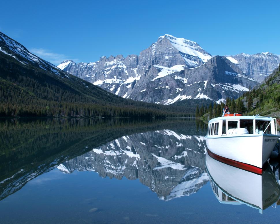 Grinnell Lake Shuttle Boat - Many Glacier