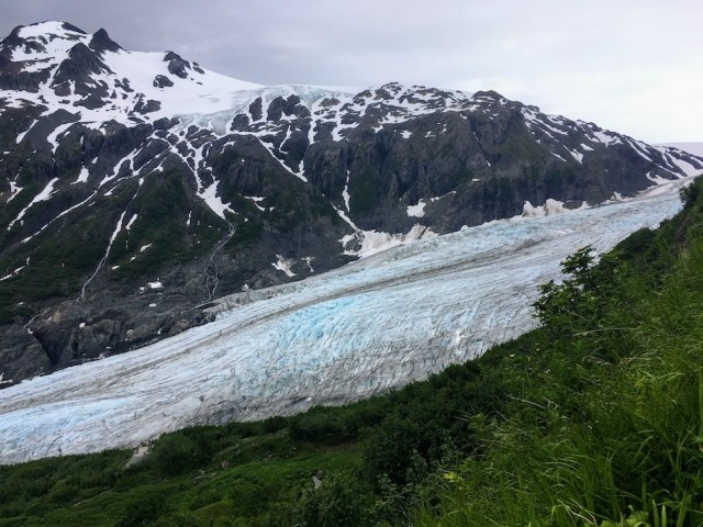 View along the Harding Icefield Trail