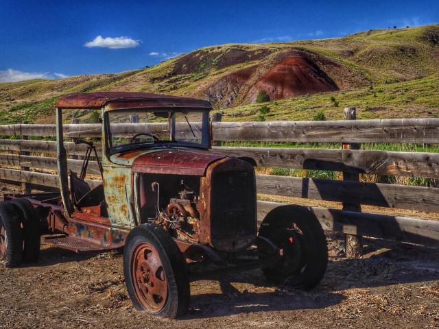 John Day Fossil Beds National Monument - Photo Credit:  Sandra Ramos