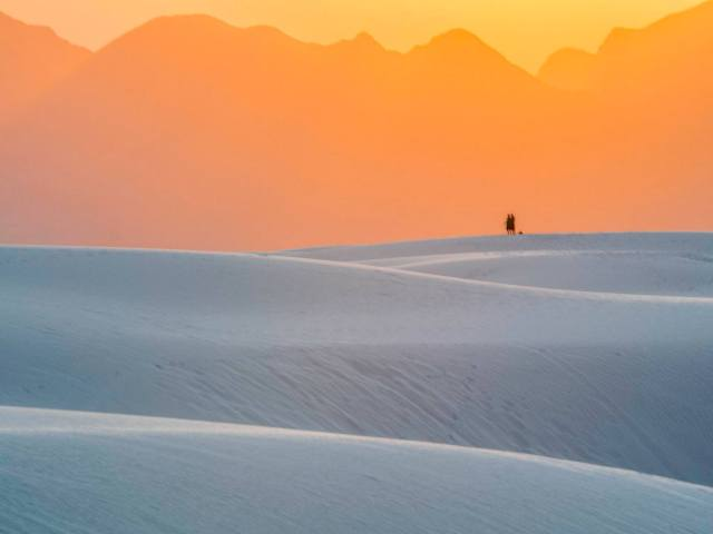Sandra Ramos - Sunset White Sands National Monument