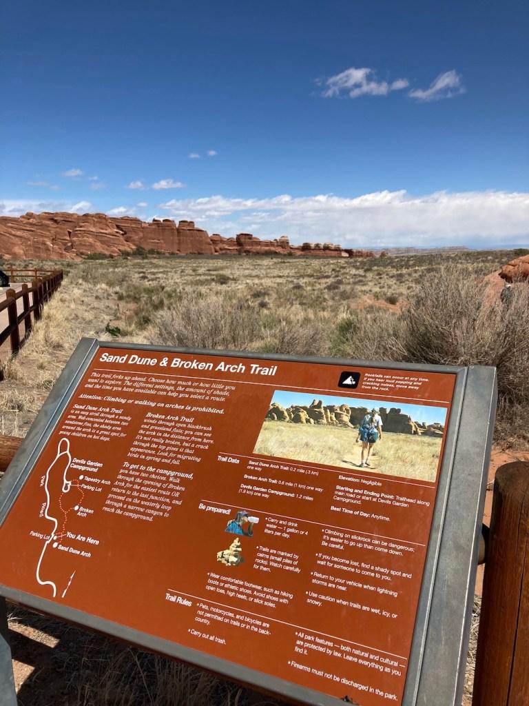 Sand Dune Broken Arch Trail Sign
