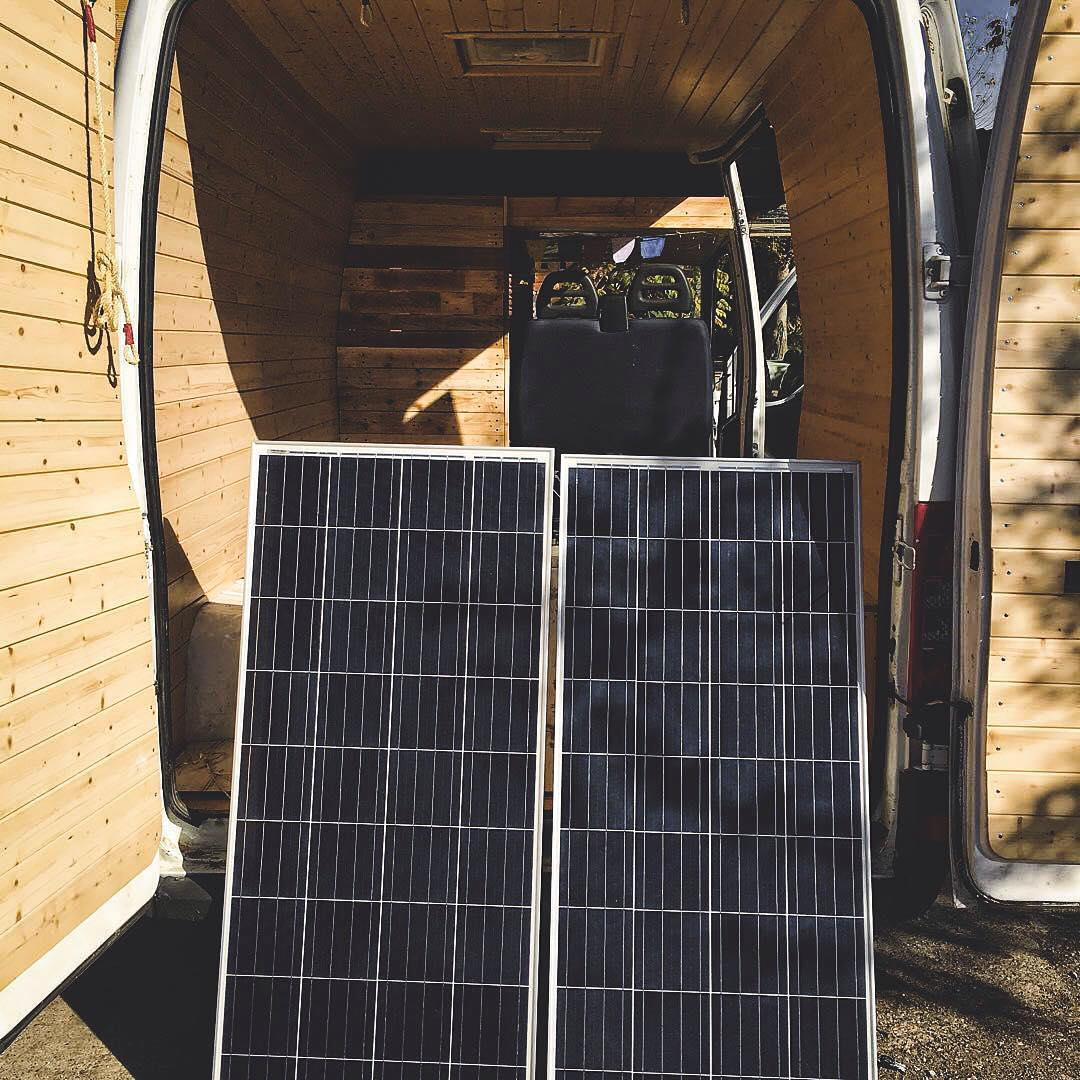 hight resolution of solar power system for a van