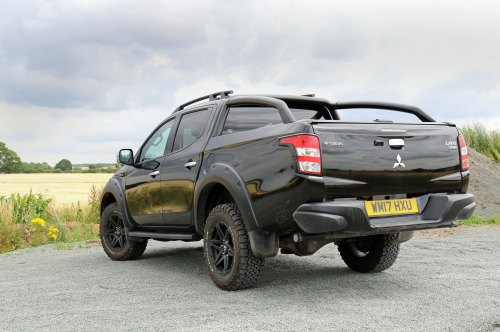 small resolution of mitsubishi l200 svp review rear