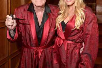 rs 634x862 141229144611 634.Crystal Harris Hugh Hefner Halloween.ms.122914