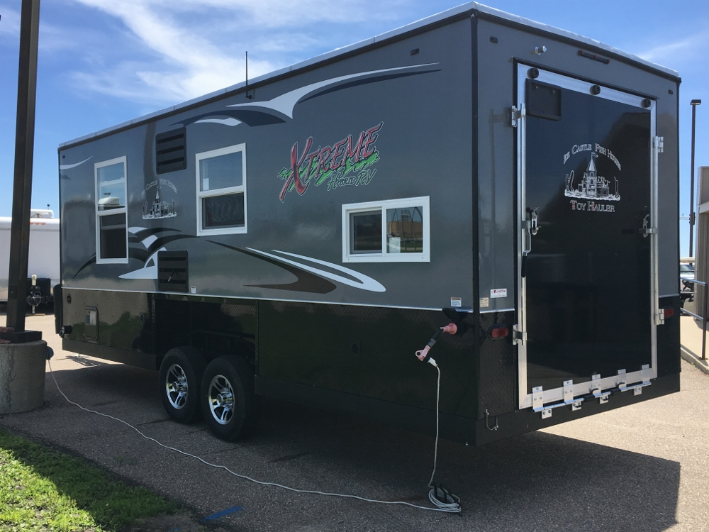 2019 Ice Castle 8x21 RV Hybrid Extreme Toy Hauler  Parkn