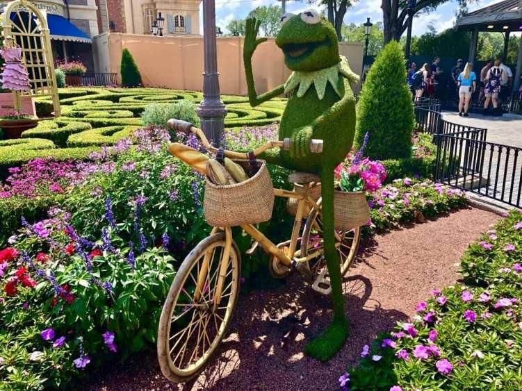 Kermit the Frog Topiary