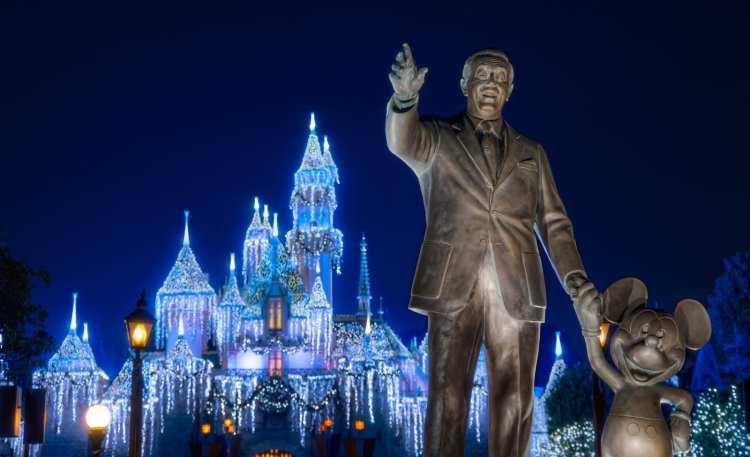 Partner Statue Disneyland