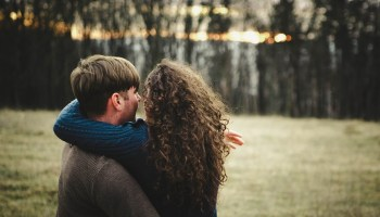 rencontre quelqu'un pas émotionnellement indisponible