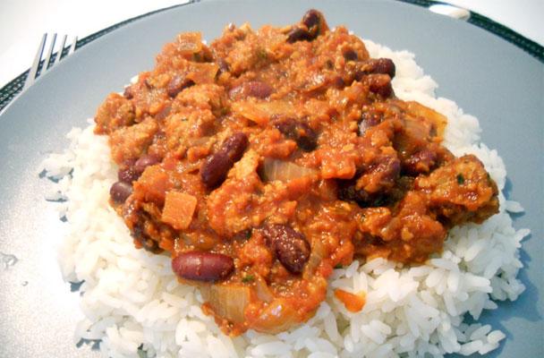 Chili-vegano-con-soia-e-fagioli-rossi-ricetta-parliamo-di-cucina