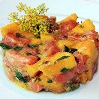 Tartare di salmone e mango