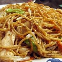 Bami goreng (noodles all'indonesiana)