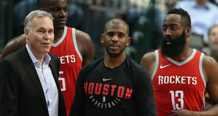 Les Rockets affrontent les Lakers de LeBron James