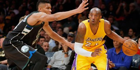 Kobe Bryant face à Giannis Antetokounmpo