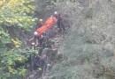 PIANE DI CARNIGLIA. 48enne di Montechiarugolo  cade in un dirpo
