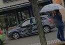 Scontro tra Mercedes nella rotonda della Carnevala