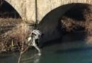 Incidente a Piane di Carniglia. Trovato il corpo del 21enne alla guida dell'autoveicolo.