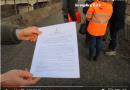 Val Taro. L'affidamento dei lavori per ripristinare il doppio senso di marcia nella zona del ponte sul Mozzola. Immagini ed interviste