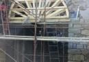 """Monchio-Corniglio. Lavoro di """"artigianato locale"""" per consolidare un ponte della Provincia di Parma. La strada torna percorribile."""